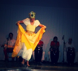 Donna Oefinger dancing for Ochun with Axe Dide.